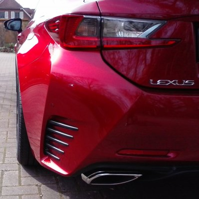 Lexus Sommer 01.jpg